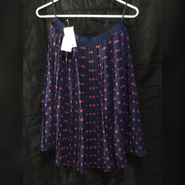 Uniqlo Pleated Chiffon Skirt