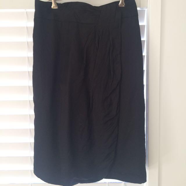 Veronika Maine Size 10 Skirt