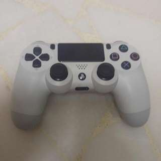 WTS White PS4 Controller