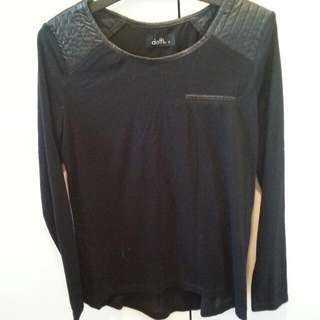Dotti Size Small With Leather On Shoulders