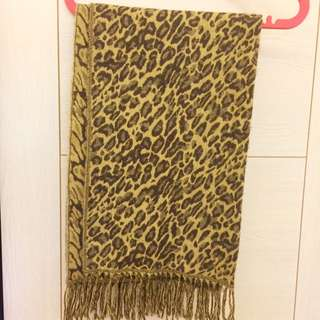 豹紋厚圍巾