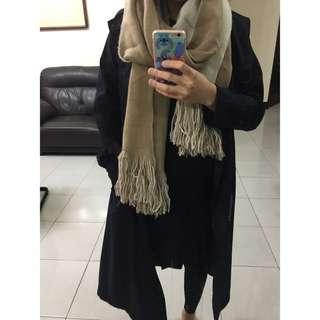 Zara圍巾