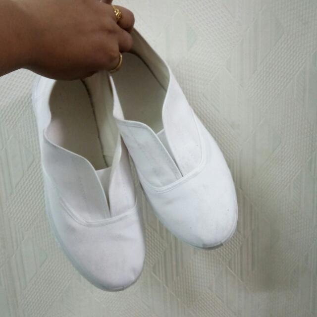 百搭白鞋😝