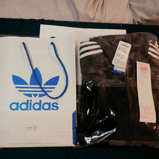 AdidasX bape 經典聯名外套  全新發票跟袋子都有