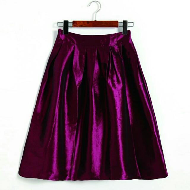 Brand New Pleated Skirt Size S