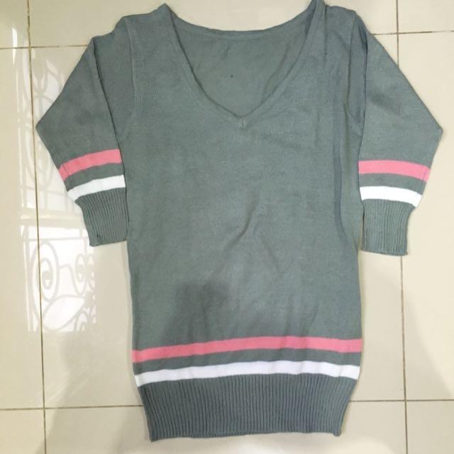Grey V-Neck Knit Top