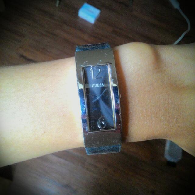 Guess 手錶  弧面  簡約合手