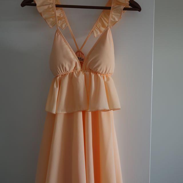 Ladies Size 8 Peach Frill Dress