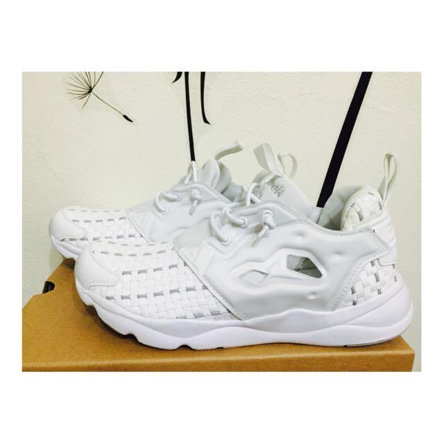 Reebok Furylite New Woven全白編織輕量慢跑鞋