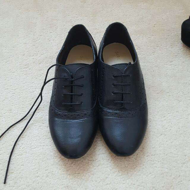 Siren Black Lace Up Shoes