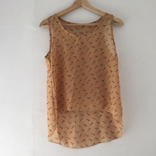 Sleeveless Motif Top Blouse