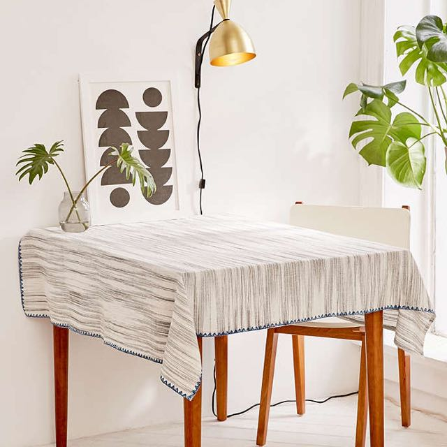 「s.Luu」現貨:Urban Outfitters*Spacedyed Tablecloth 桌布