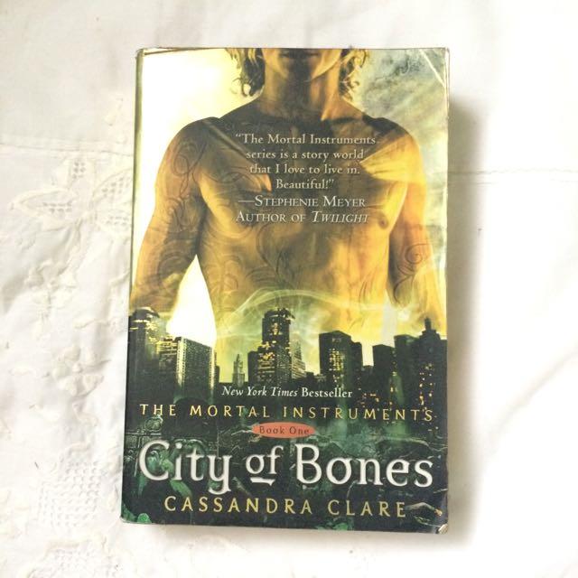 TMI: City Of Bones By Cassandra Clare