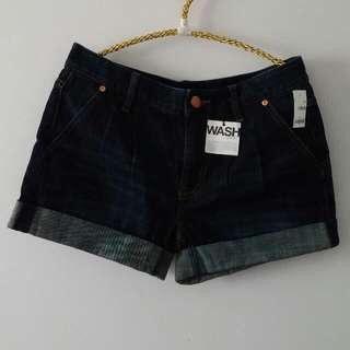 BNWT GAP Shorts. Size 1.
