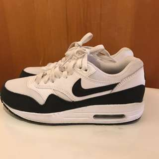 Nike Air Max US SIZE 6
