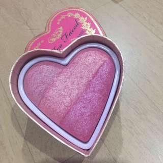 Too faced Sweet berry blusher
