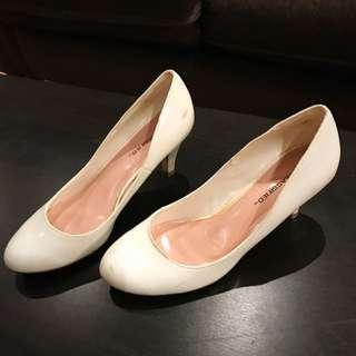 Size 9- Woman Shoes