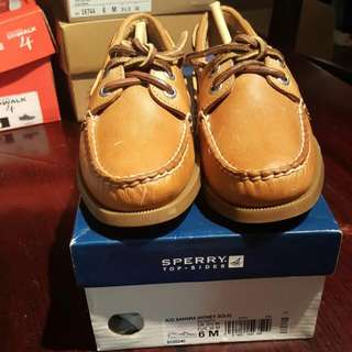 BNIB Sperry Topsider Size 6 In SAHARA (HONEYSOLE)