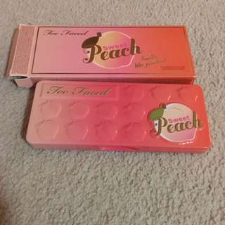 Two Faced Peach Palette
