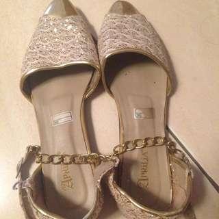 Flatshoes Cream Wanita (NEGO)