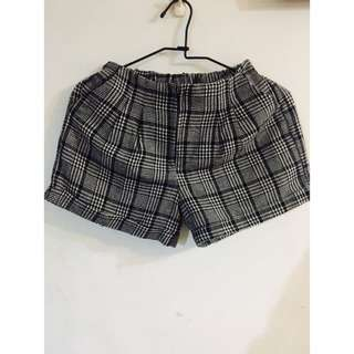 英倫風千鳥格紋冬日短褲