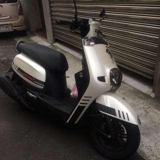自售 Yamaha Cuxi 115 白深灰 碟煞版