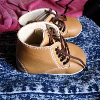Sepatu Booth Prewalker 6-12 Bln