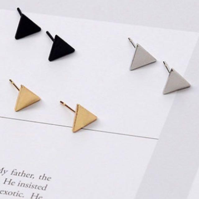 ✨銀色三角幾何耳環