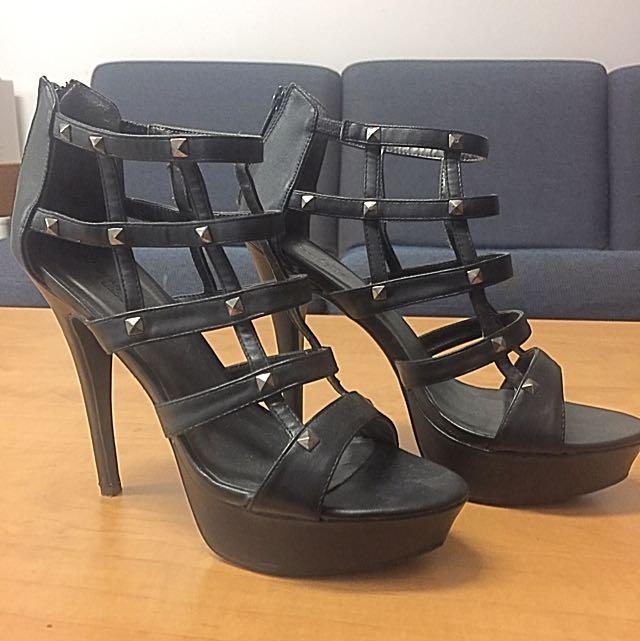 Black Stiletto Heels; Size 8