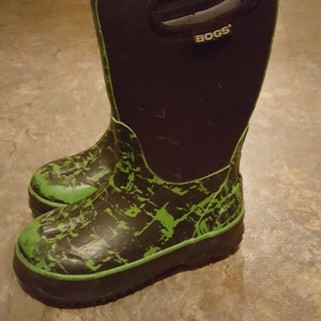Boys Size 11 Bogg Boots