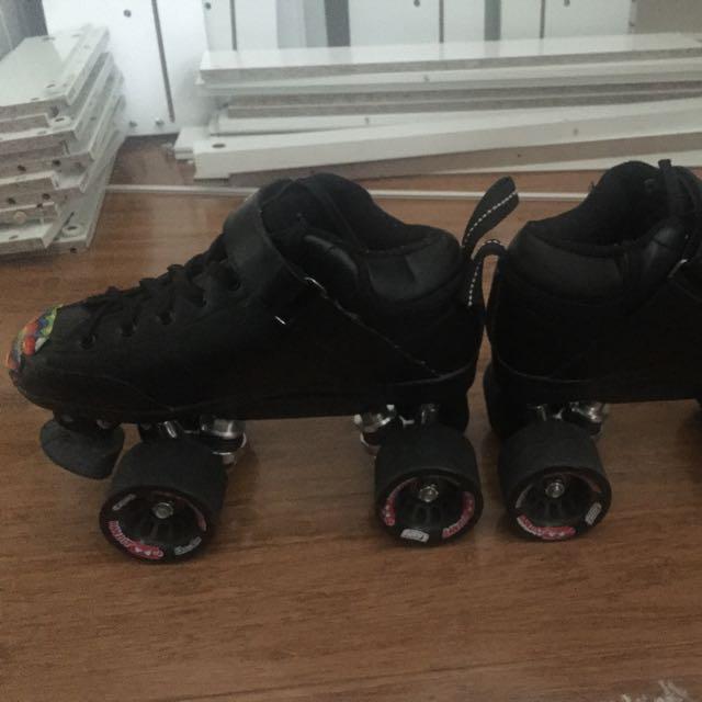 Derby Skates Kit - Beginners