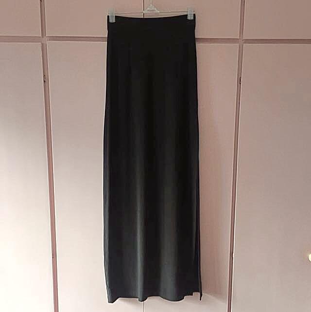 (reserved) Forever 21 black maxi skirt