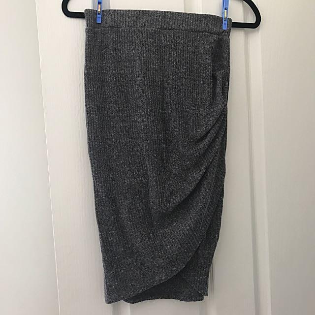 Grey Knee Length Skirt