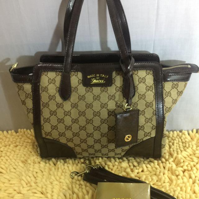 Gucci 2-wag Bag