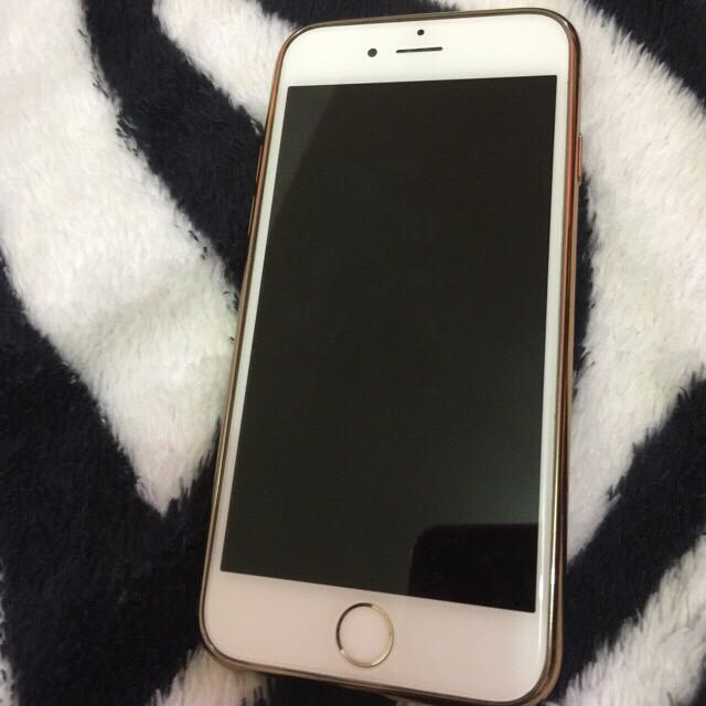 Iphone 6  (64gb Gold)