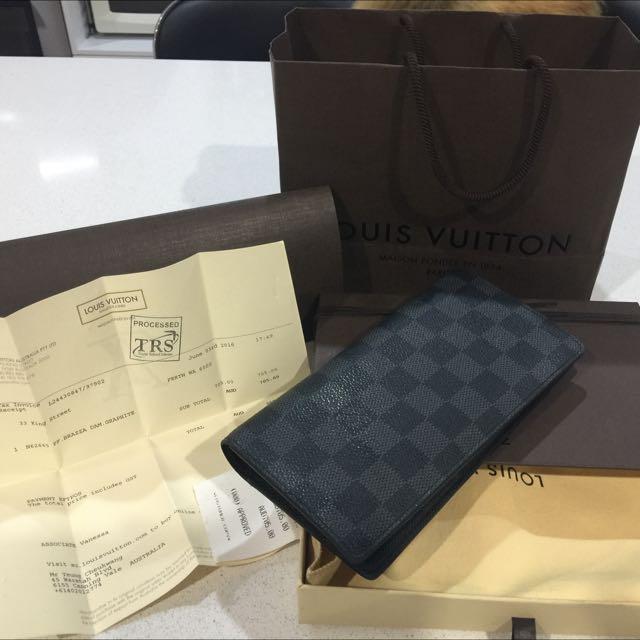 Louis Vuitton Damier Wallet 10000% Authentic!!!