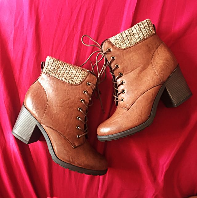 MIA Lace-up ankle boots (Size 10)