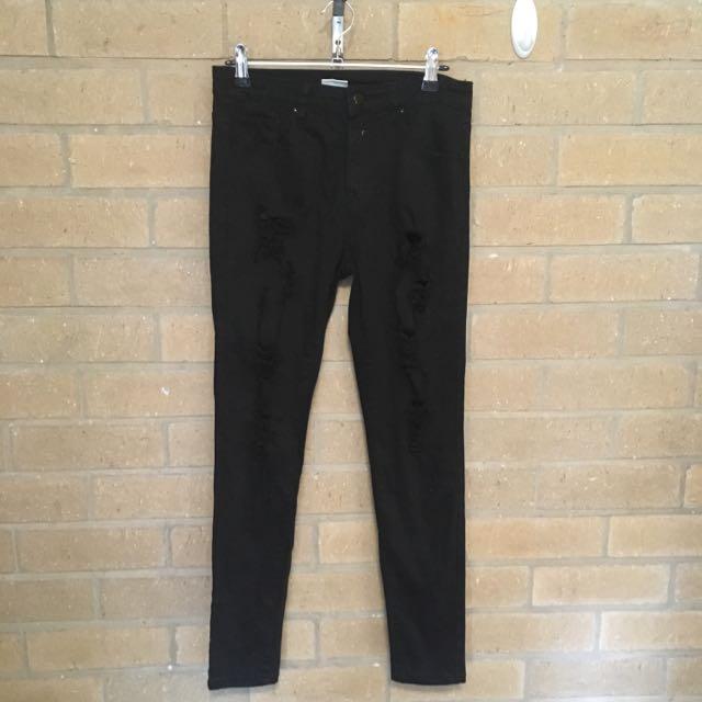 Mia Torn Black Jeans