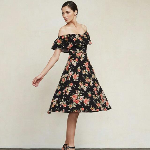 RP 210, Reformation Dress