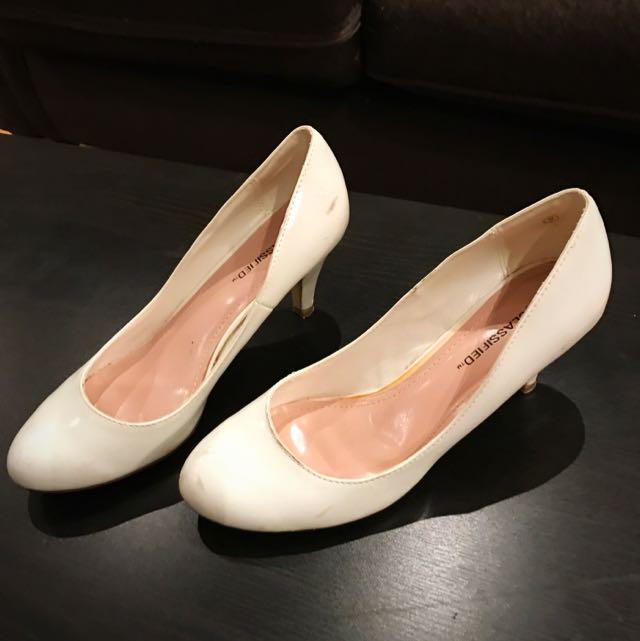 Size 9- Woman Shoes
