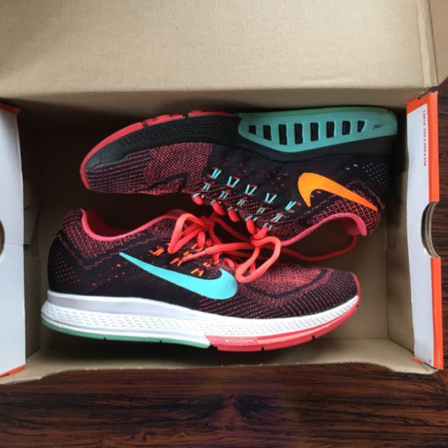 lowest price 2d376 7ca74 Womens Nike Air Zoom Structure 18, Women s Fashion, Shoes on Carousell