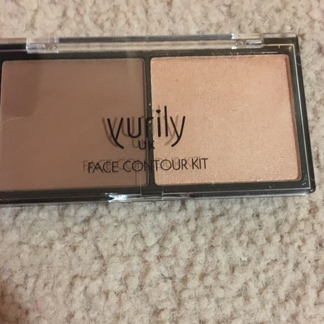 Yurily Medium Tones Contour Kit
