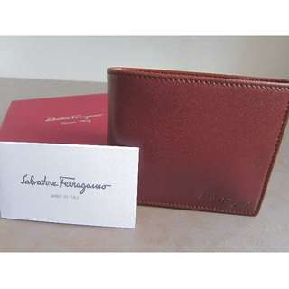 <BNIB> Authentic Salvatore Ferragamo Men Wallet