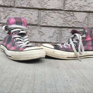 RETRO Converse (Size 7.5)