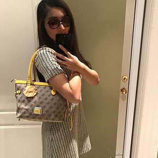 Guess Yellow Purse💛💛