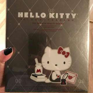 Hello Kitty Makeup Gift Set