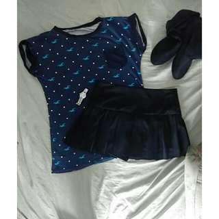 Hollister Blue T-shirt And Black Skirt