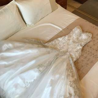 Wedding Dress Size 10 But Will Fit Size 8