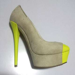 Marco Gianni Yellow Suede Platform High Heel Shoes - Size 36