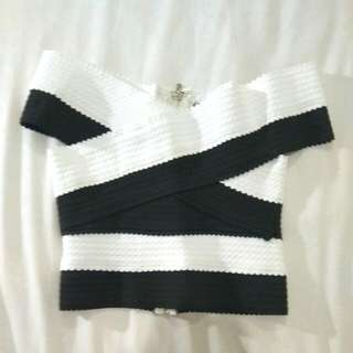 Sabrina Top Warna Black And White